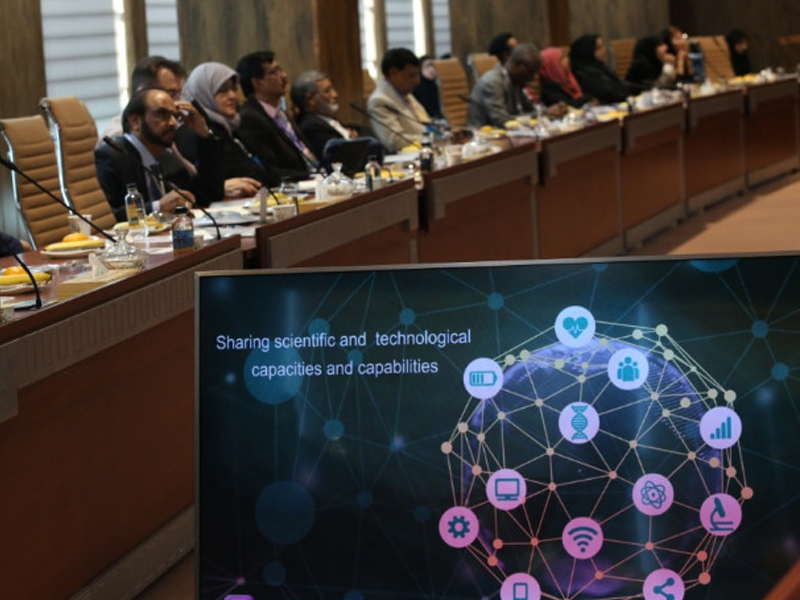 The importance of learning and science was discussed by Muslim scientists